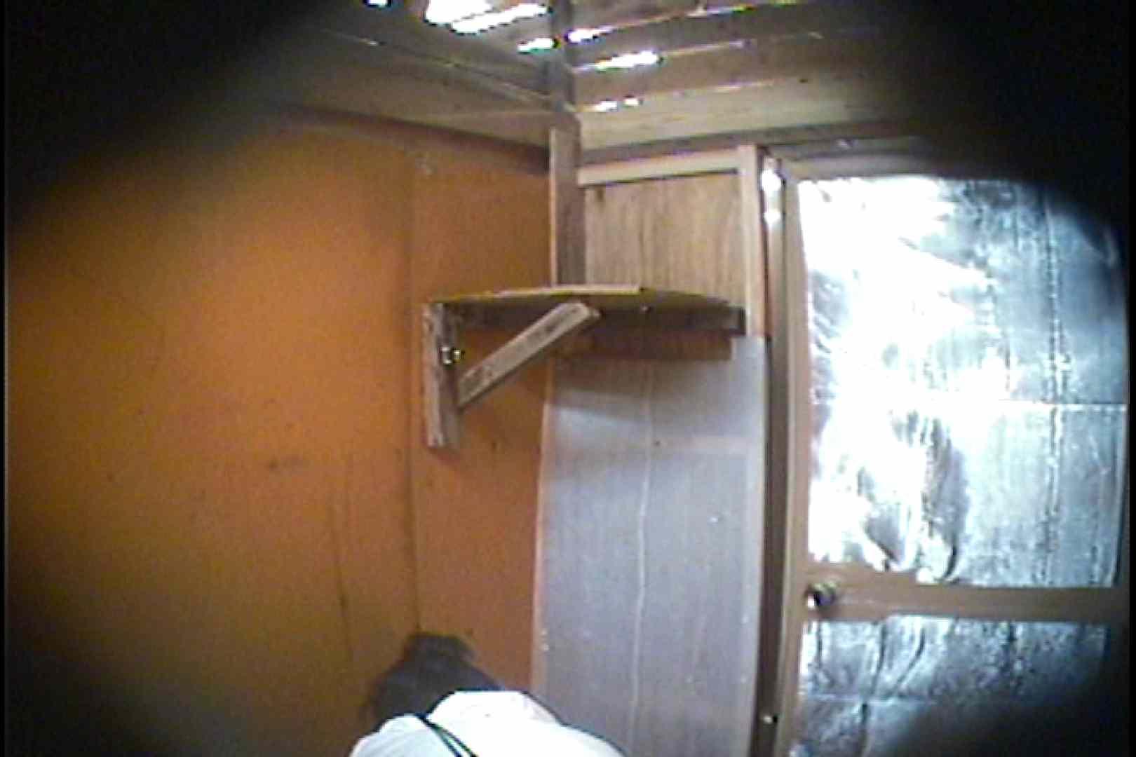 海の家の更衣室 Vol.37 シャワー  63pic 17