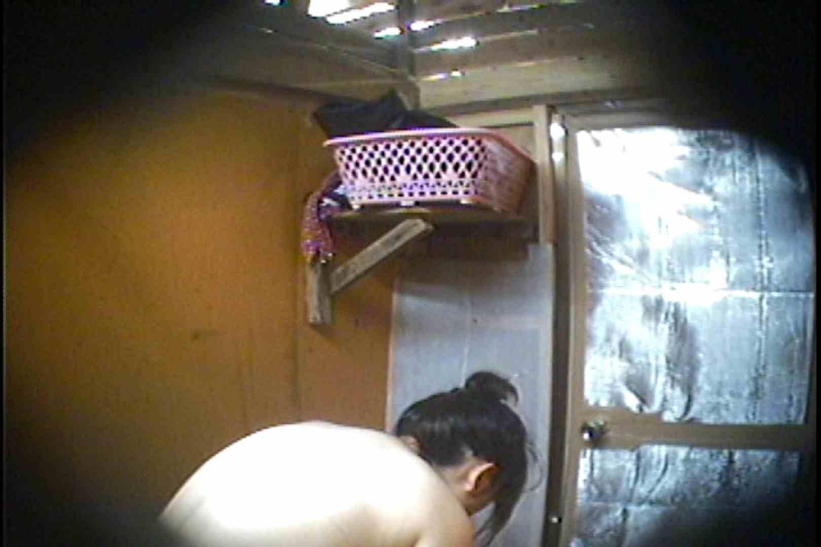 海の家の更衣室 Vol.37 シャワー  63pic 36