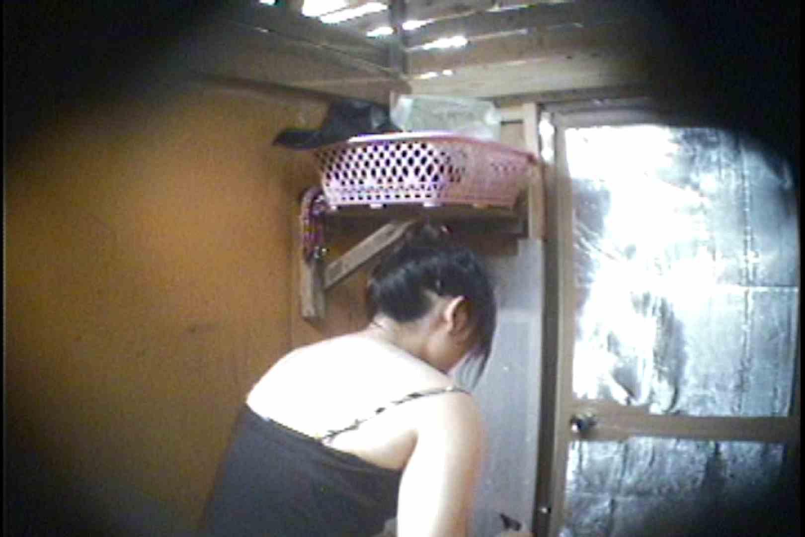 海の家の更衣室 Vol.37 シャワー  63pic 51