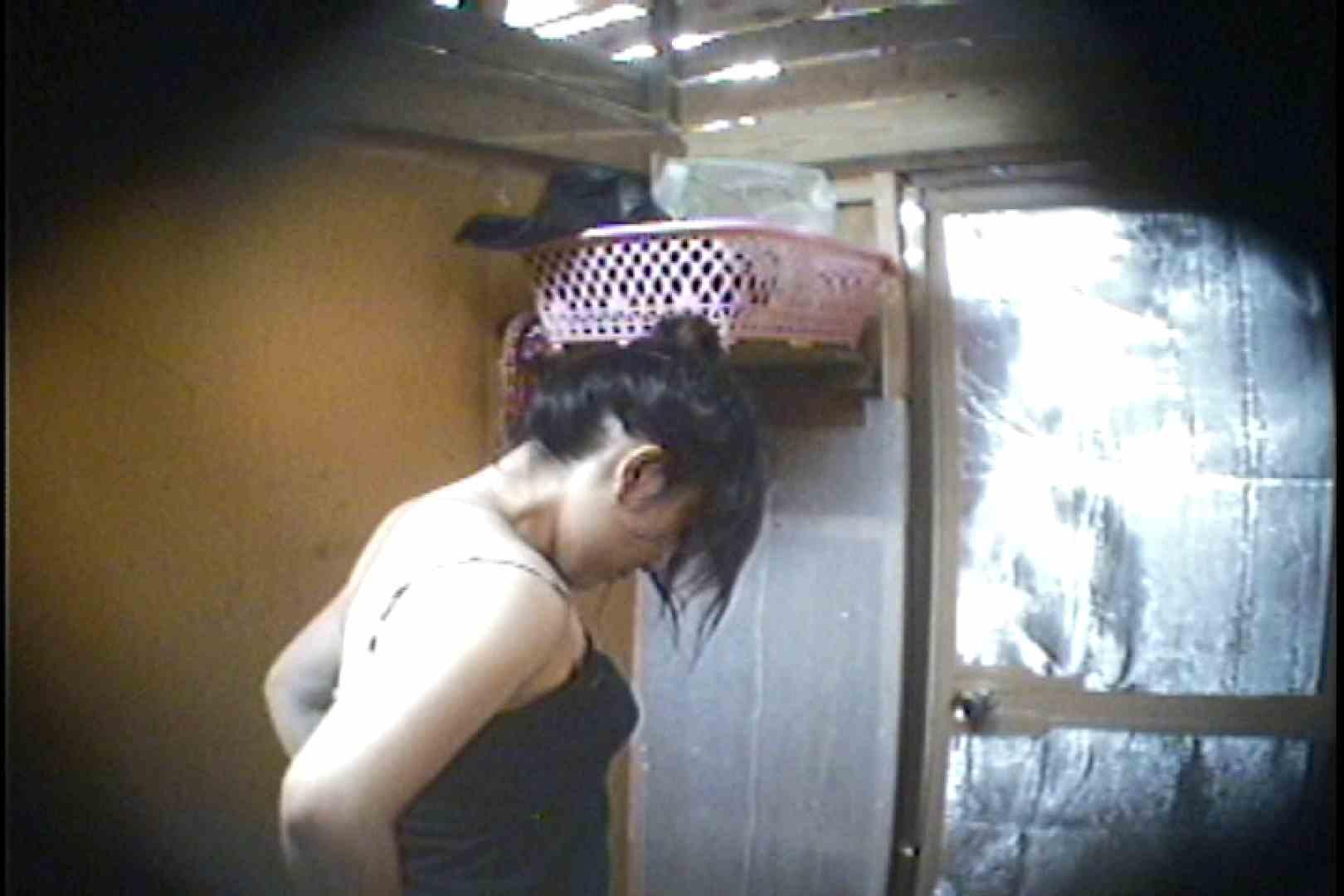 海の家の更衣室 Vol.37 シャワー  63pic 52