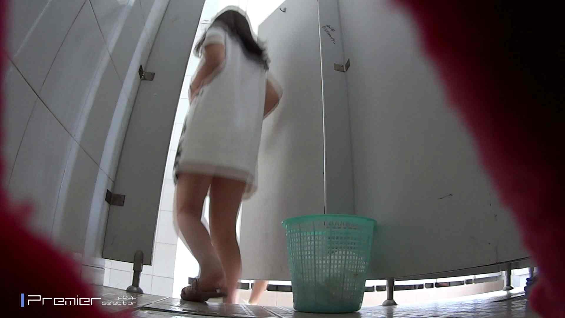 綺麗な桃尻ギャル 大学休憩時間の洗面所事情23 洗面所  60pic 43
