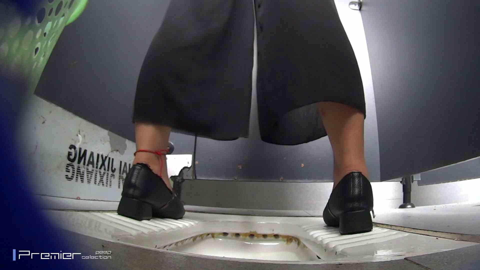 夏全開!ハーフパンツのギャル達 大学休憩時間の洗面所事情44 お姉さん  112pic 12