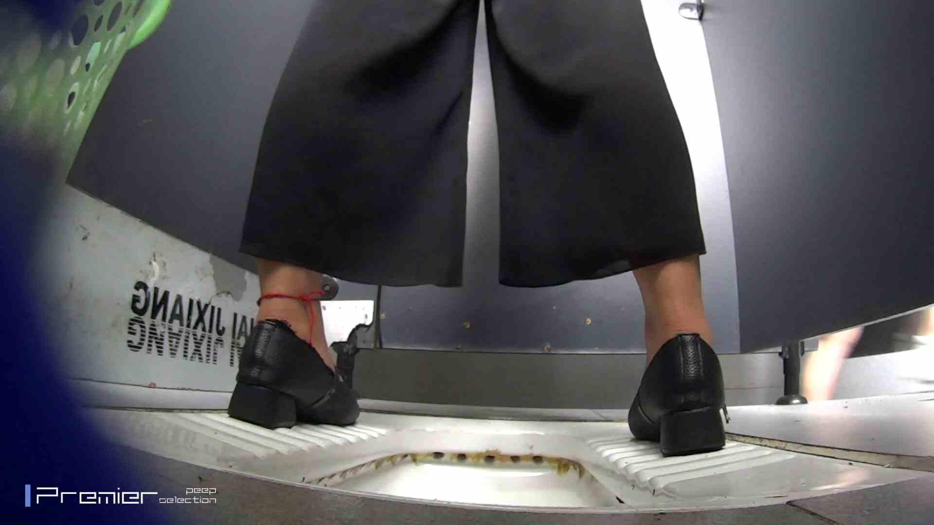 夏全開!ハーフパンツのギャル達 大学休憩時間の洗面所事情44 お姉さん  112pic 17