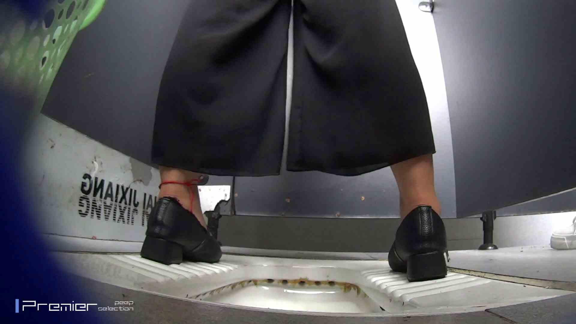 夏全開!ハーフパンツのギャル達 大学休憩時間の洗面所事情44 お姉さん  112pic 18