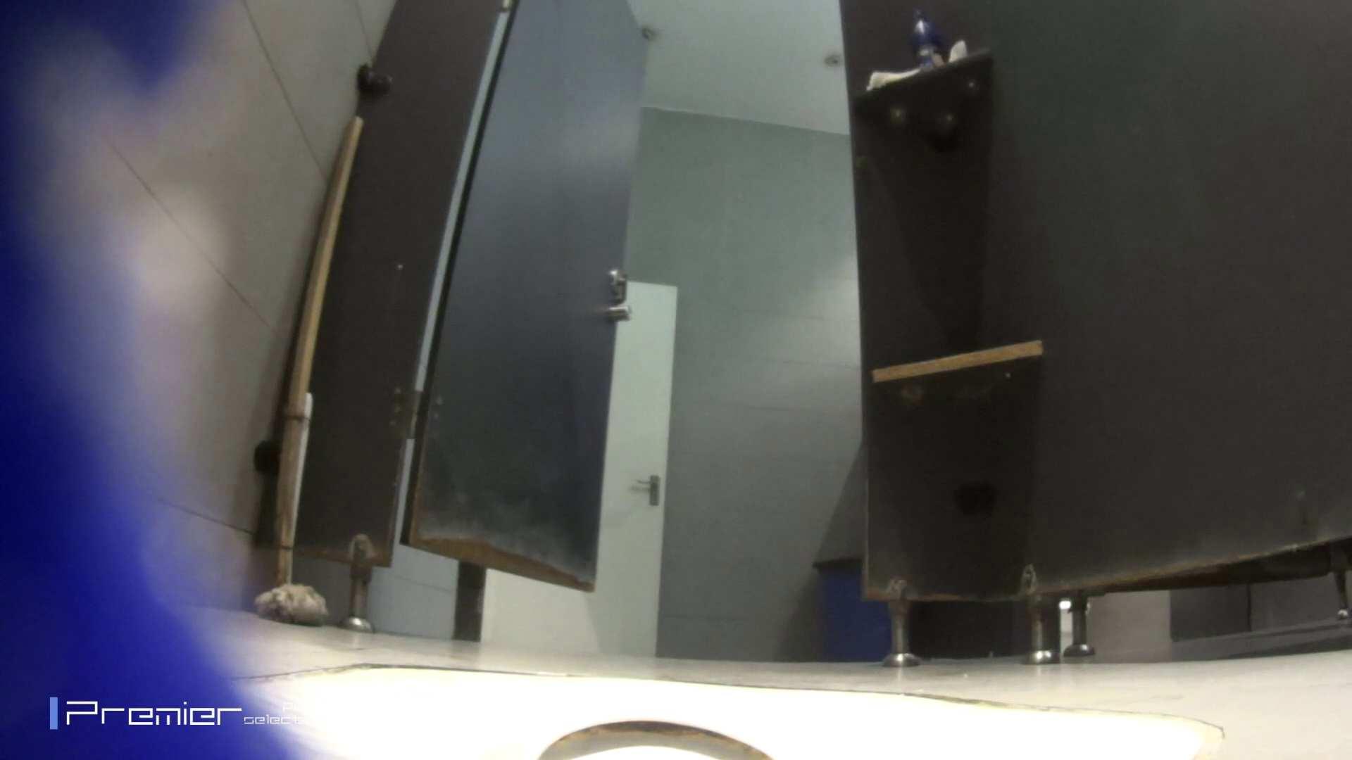 真夏のギャルの洗面所 大学休憩時間の洗面所事情52 ギャル  73pic 36