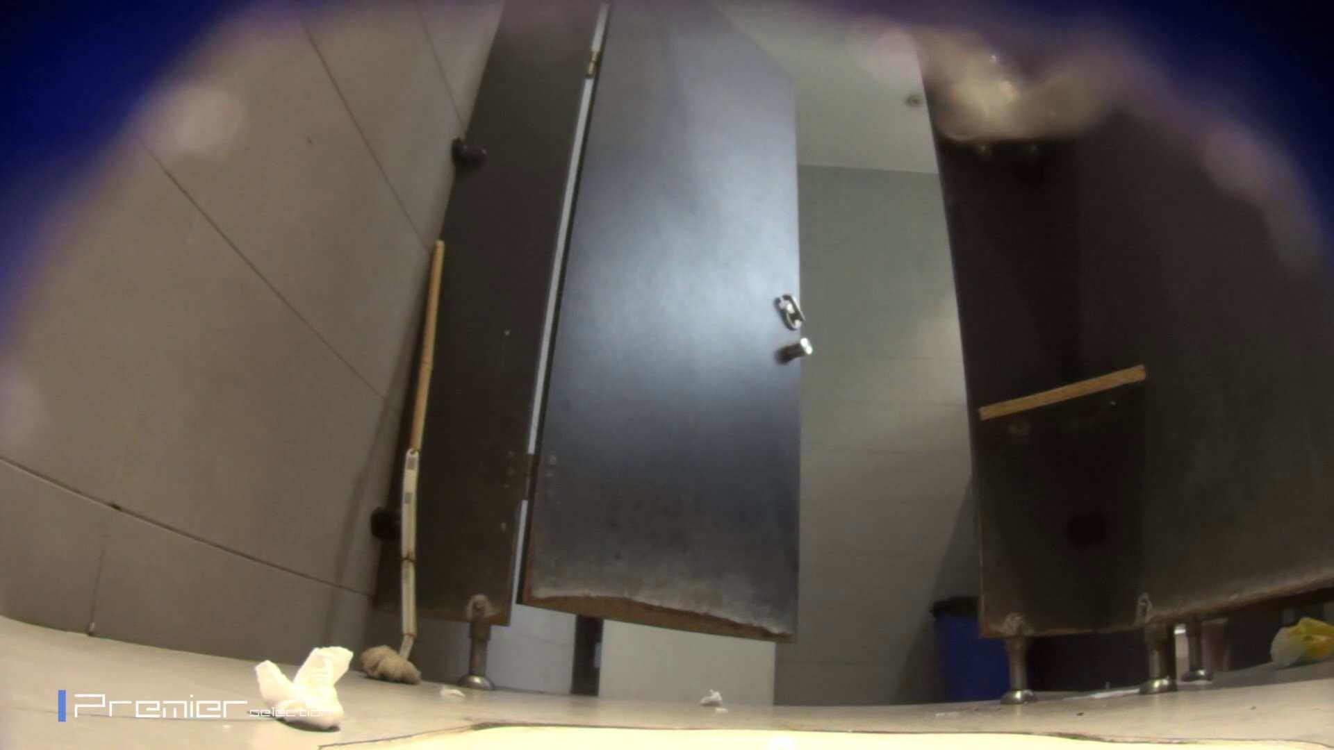 黒スパッツ美女 大学休憩時間の洗面所事情70 美女  68pic 43