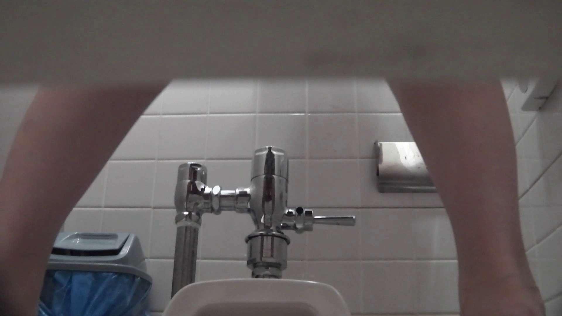 お銀さんの「洗面所突入レポート!!」無料お試し動画!!その2 洗面所  83pic 24