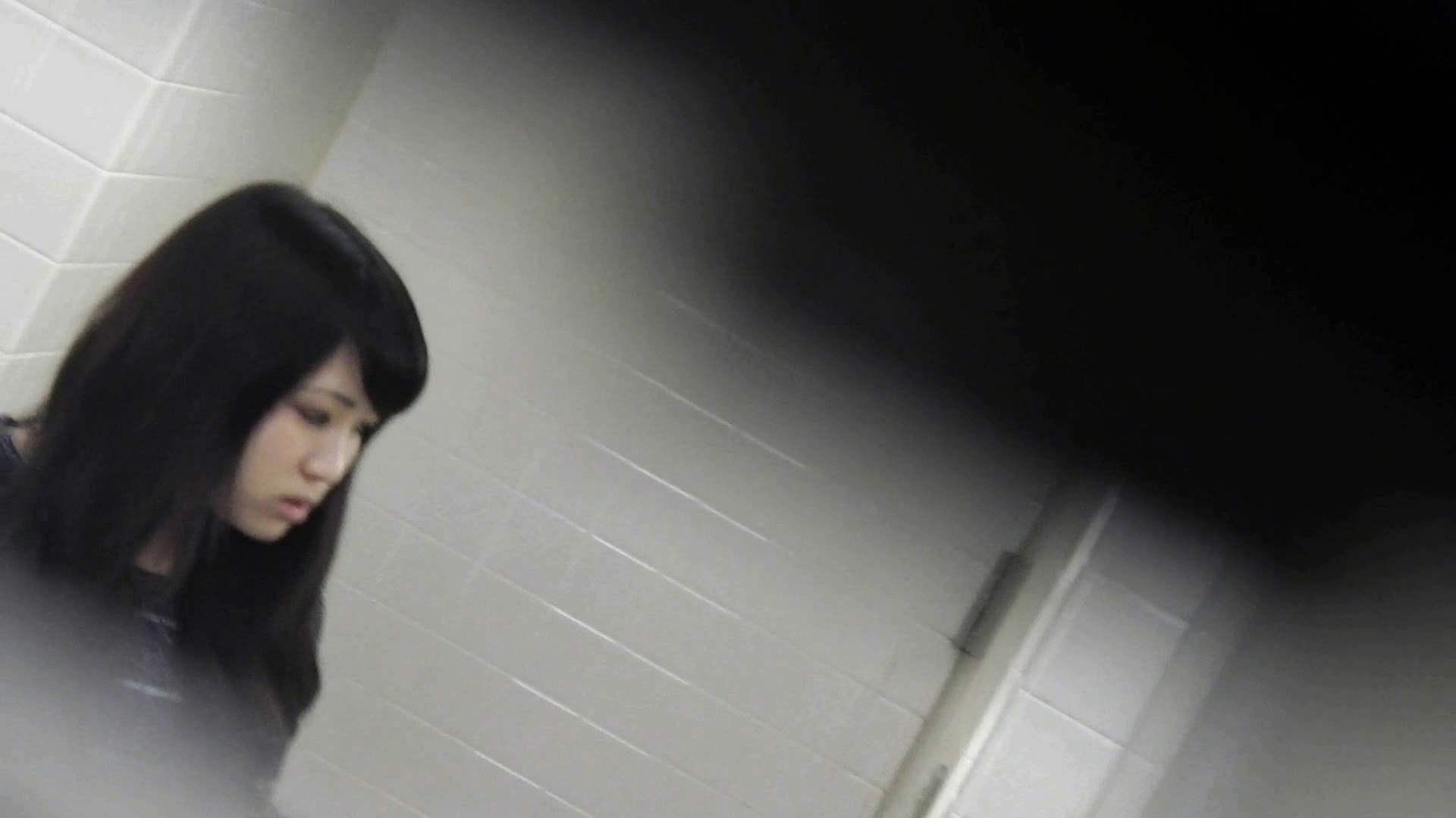 お銀さんの「洗面所突入レポート!!」無料お試し動画!!その2 洗面所  83pic 83