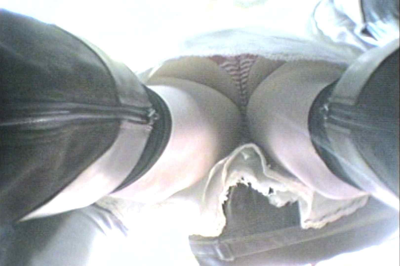 会員No.17 KAIさんのパンチラOL通勤の会 パンツ  89pic 2