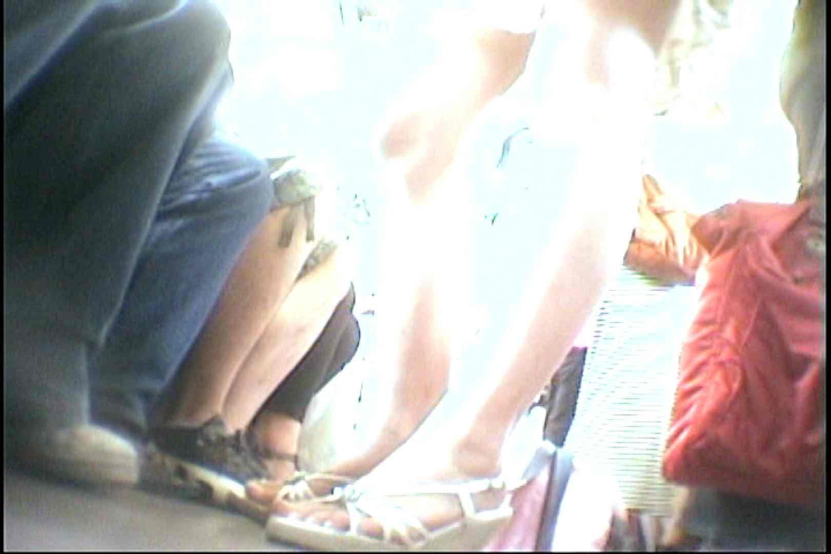 会員No.25 KAIさんのパンチラOL通勤の会 パンツ  110pic 4
