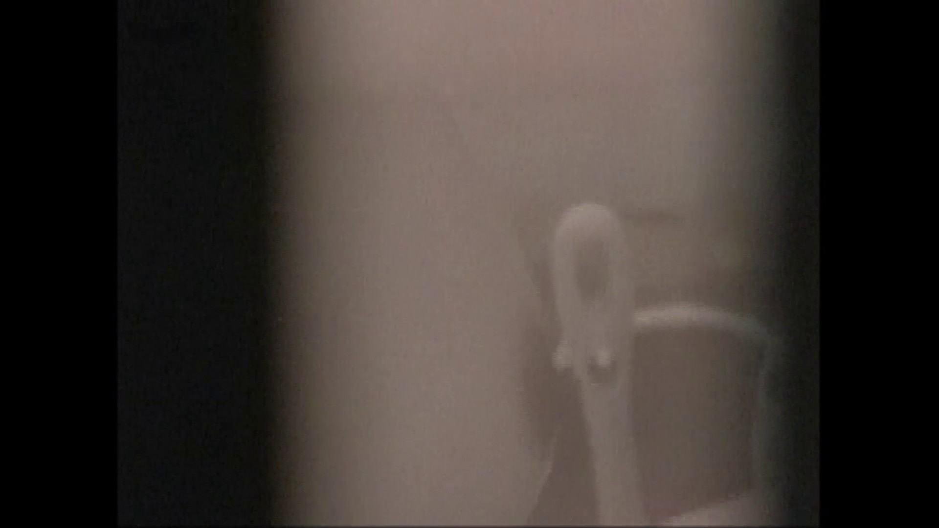 隙間からノゾク風呂 Vol.28 色白のロングヘアー美人がワシャワシャと。 美人  104pic 72