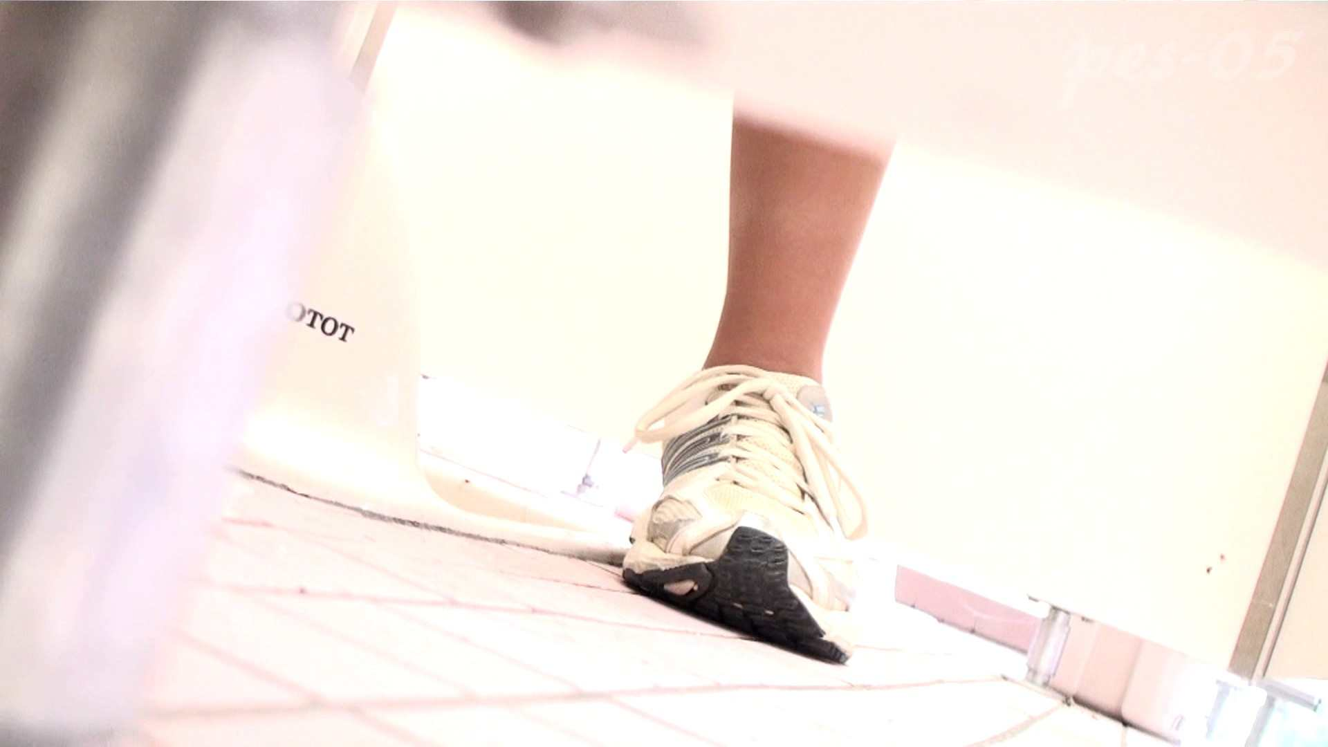 ※100個限定販売 至高下半身盗撮-プレミアム-【体育館編】VOL.5 盗撮  70pic 47