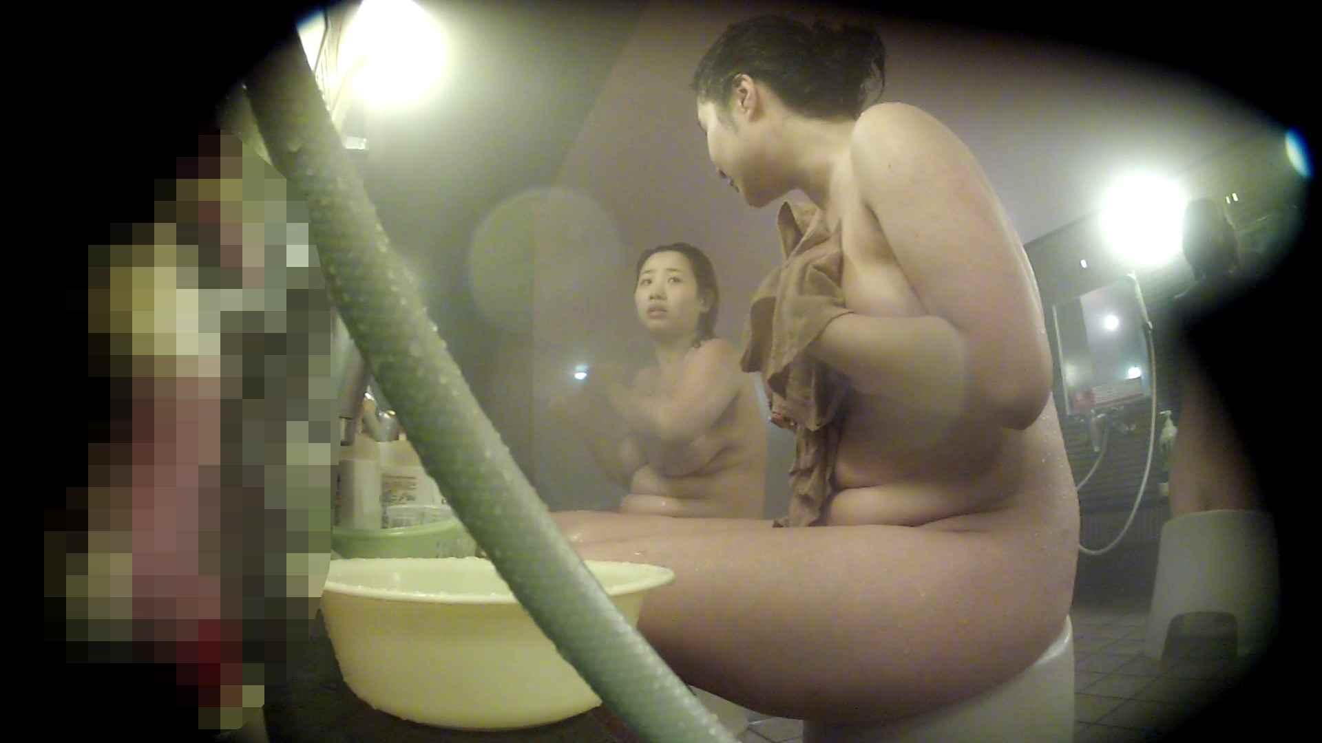 ハイビジョン 洗い場!豊満な乳が大地へと・・・乳輪の大きさは人それぞれ 銭湯  95pic 11