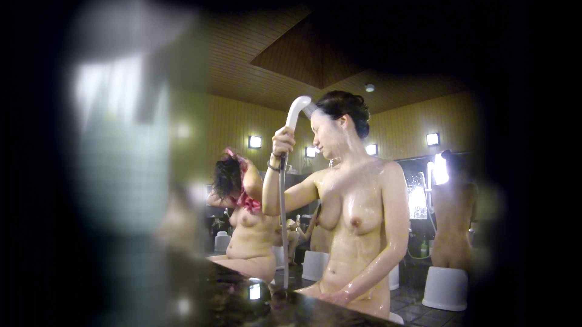 洗い場!アソコの毛辺の手入れで妄想が膨らみました。 潜入  109pic 22