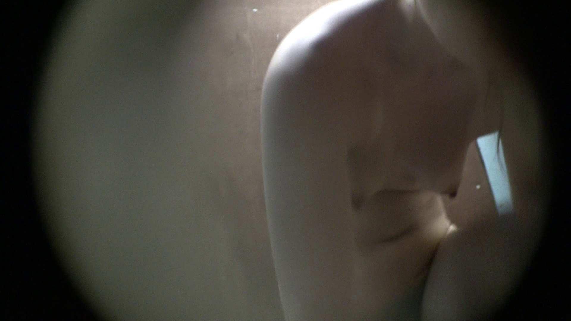 NO.01 胃下垂気味のへそピアスギャル シャワー  62pic 24