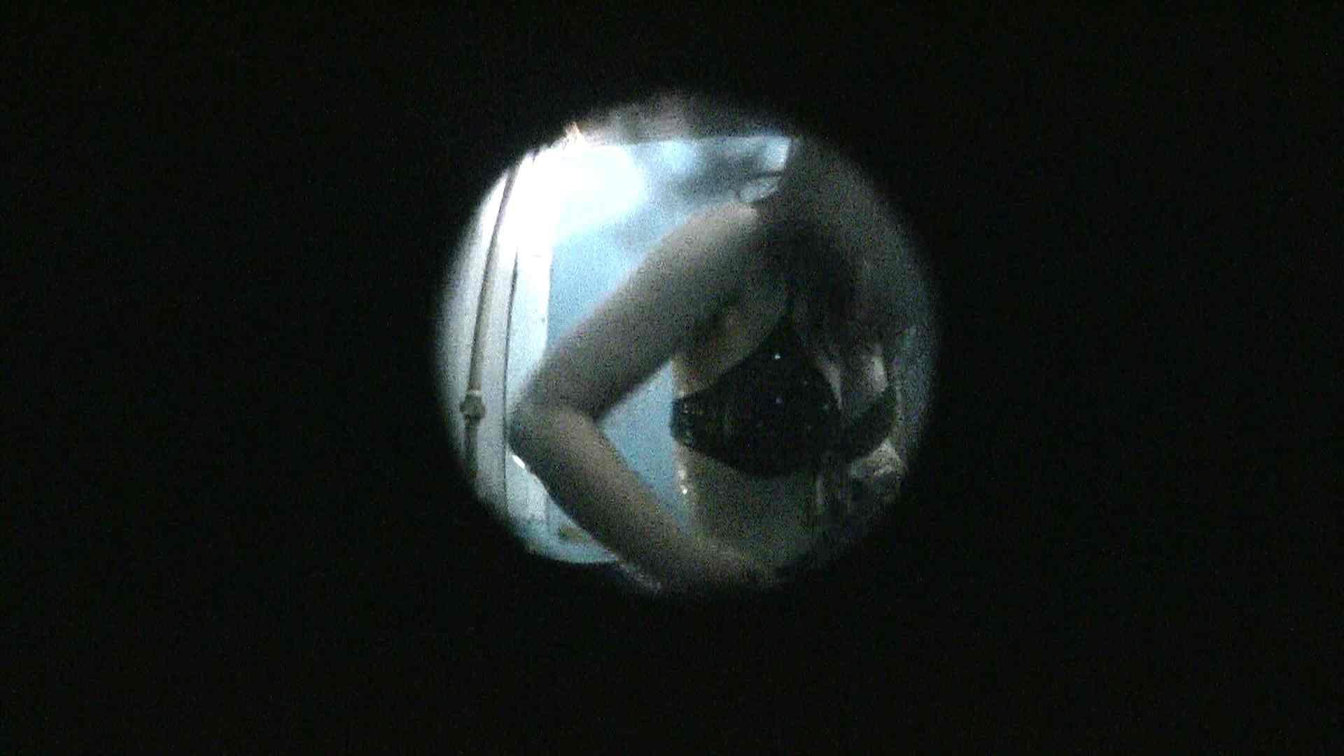 NO.13 暗いですが豪快な砂落としが好印象 シャワー室  89pic 51