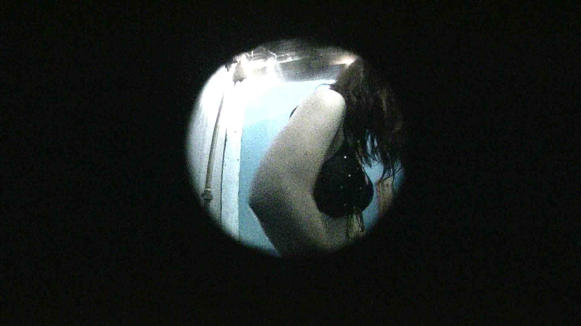 NO.13 暗いですが豪快な砂落としが好印象 シャワー室  89pic 64
