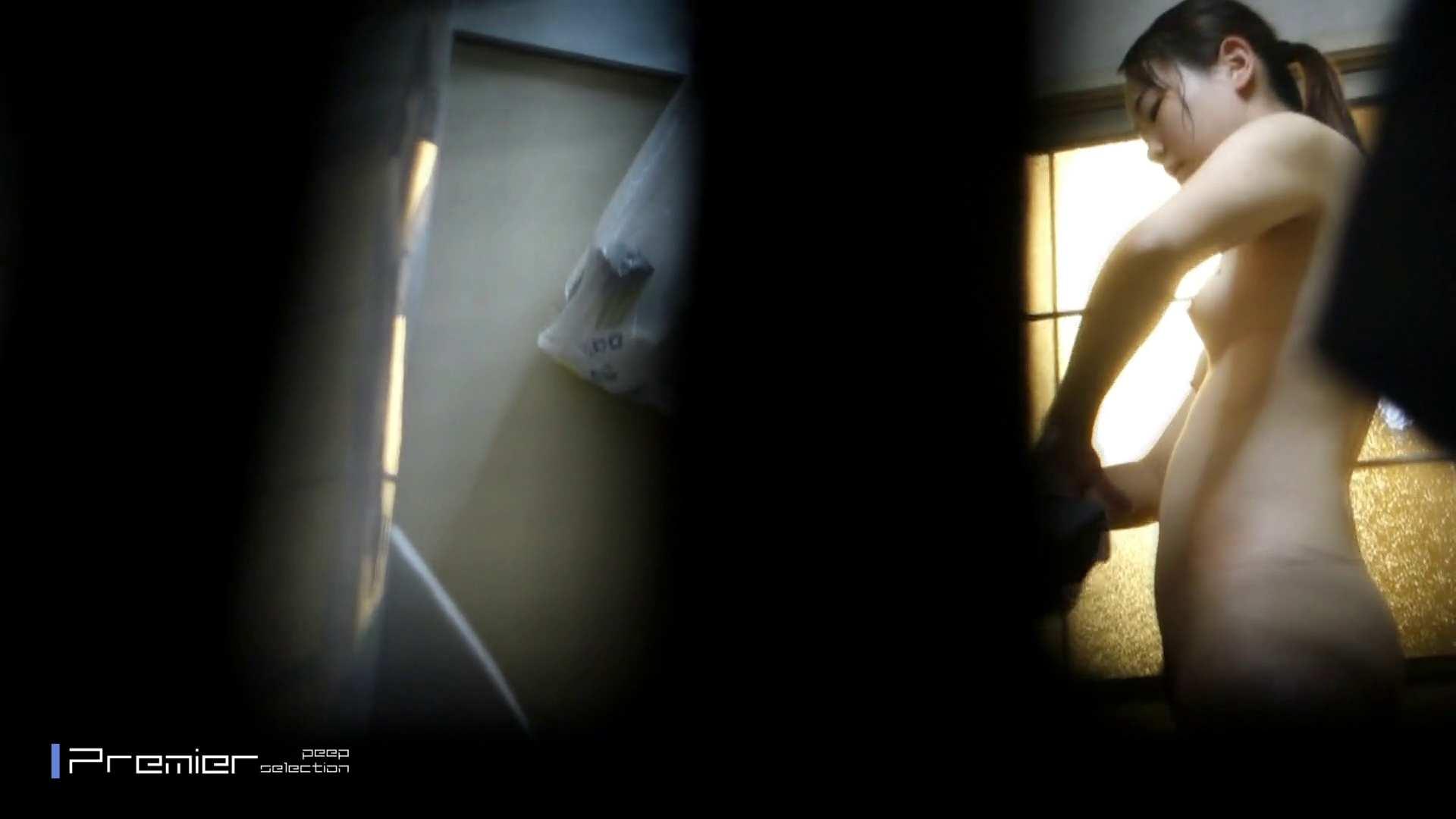 美しい女性のおっぱい隠し撮り 美女達の私生活に潜入! 高画質  110pic 108