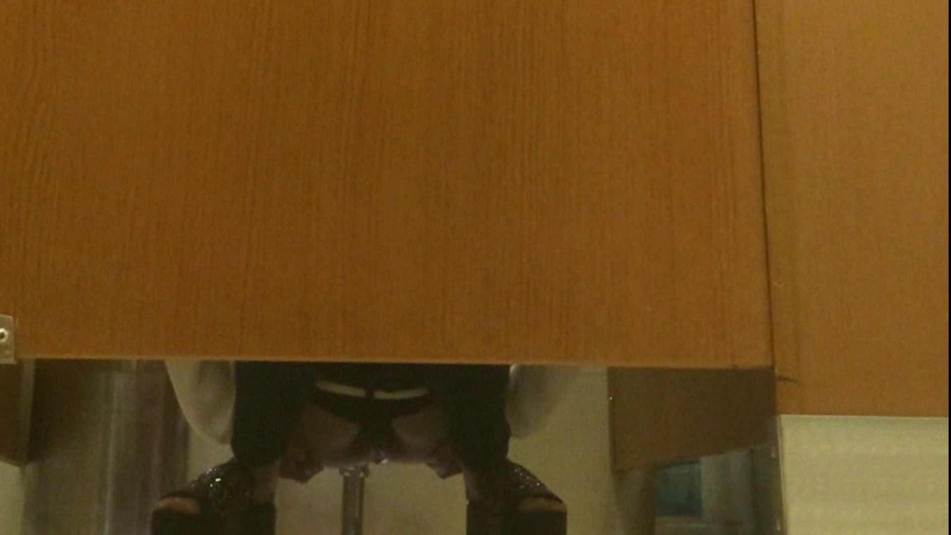 隣国化粧室下から御免!! No.14 洗面所  62pic 5